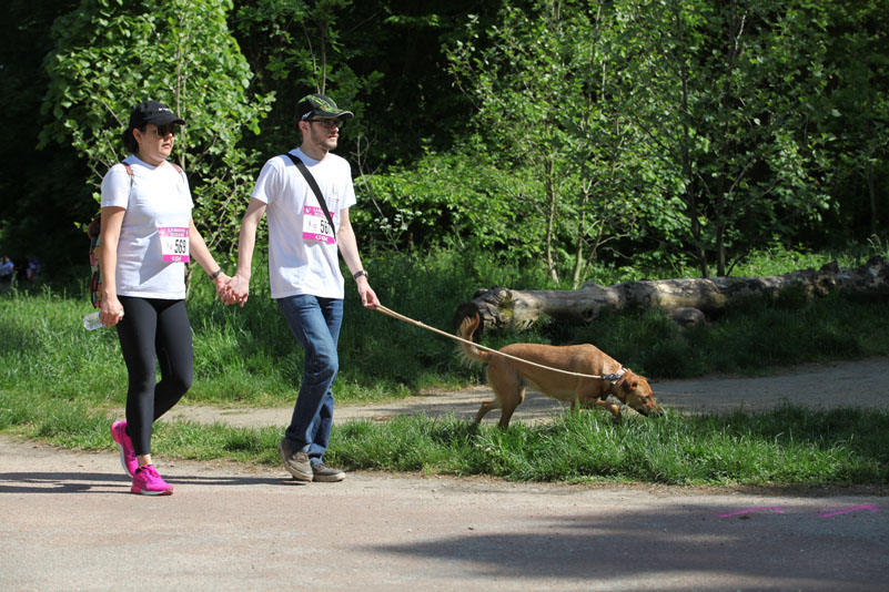 chiens-guides-30ans-marche-123.jpg