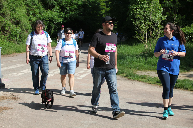 chiens-guides-30ans-marche-138.jpg