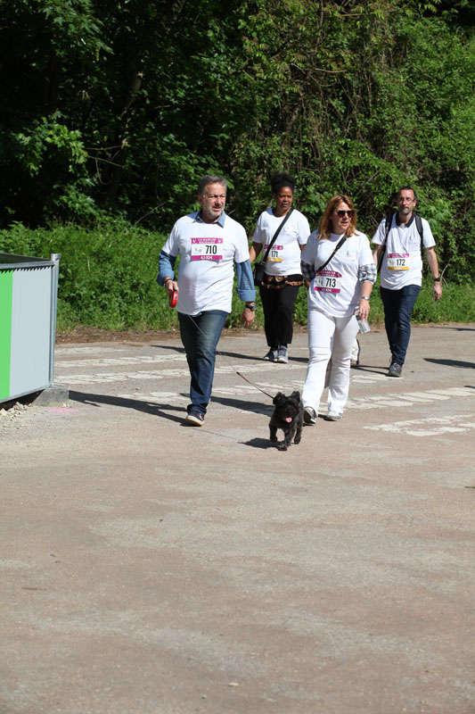 chiens-guides-30ans-marche-168.jpg
