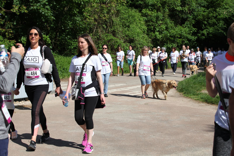 chiens-guides-30ans-marche-203.jpg