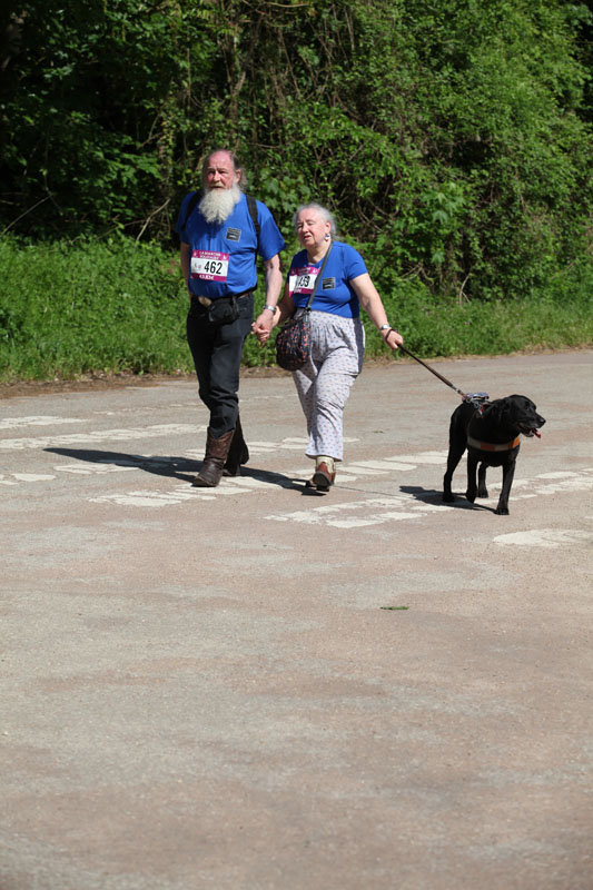 chiens-guides-30ans-marche-246.jpg