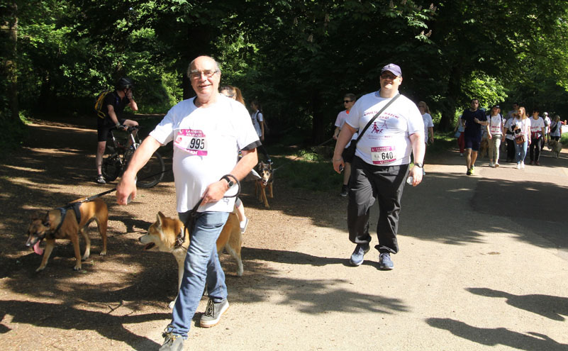 chiens-guides-30ans-marche-289.jpg
