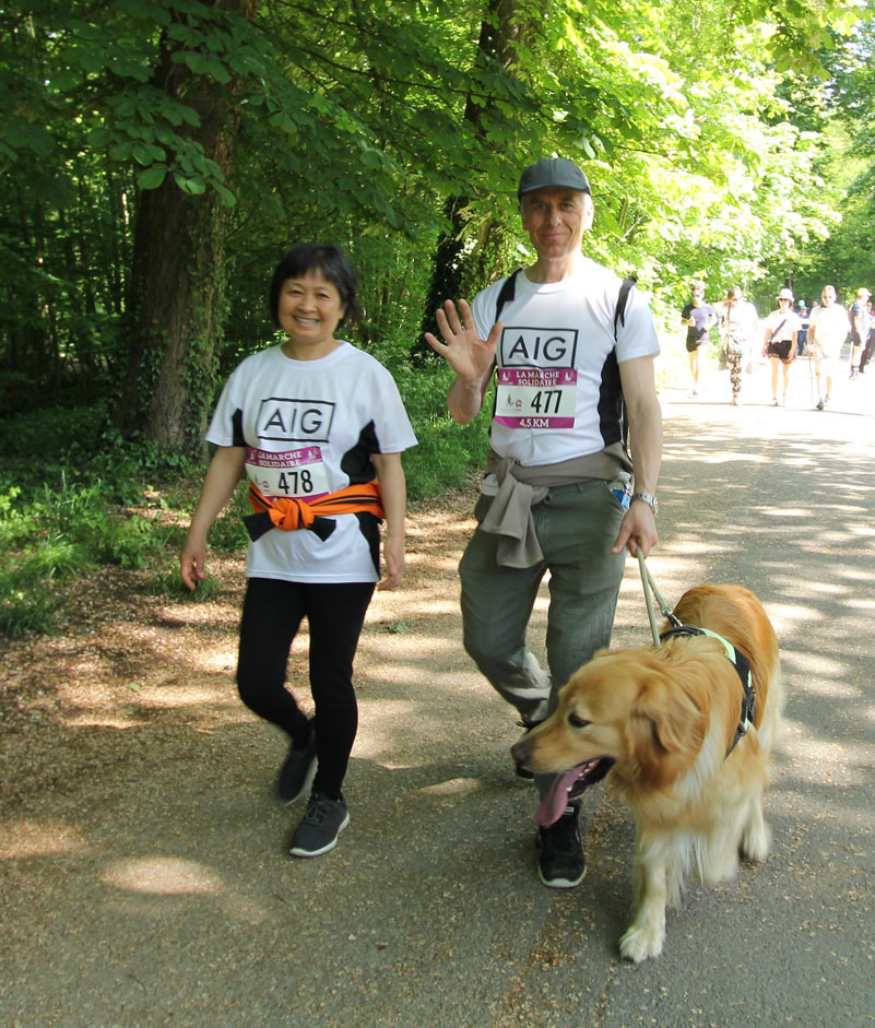 chiens-guides-30ans-marche-347.jpg