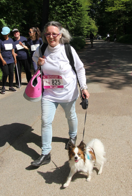 chiens-guides-30ans-marche-351.jpg