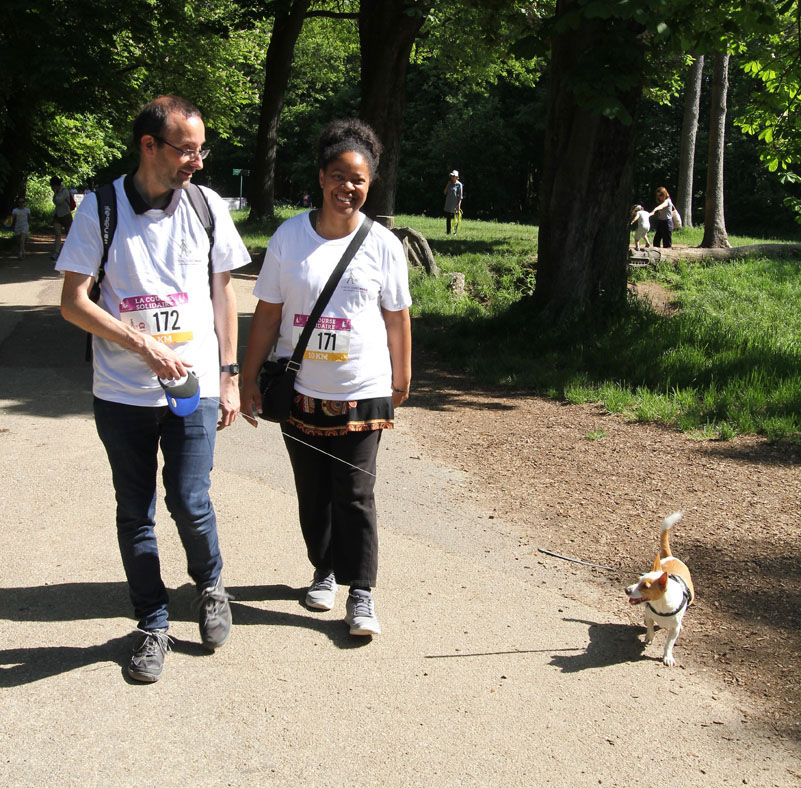 chiens-guides-30ans-marche-421.jpg