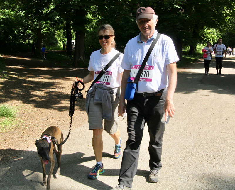 chiens-guides-30ans-marche-437.jpg